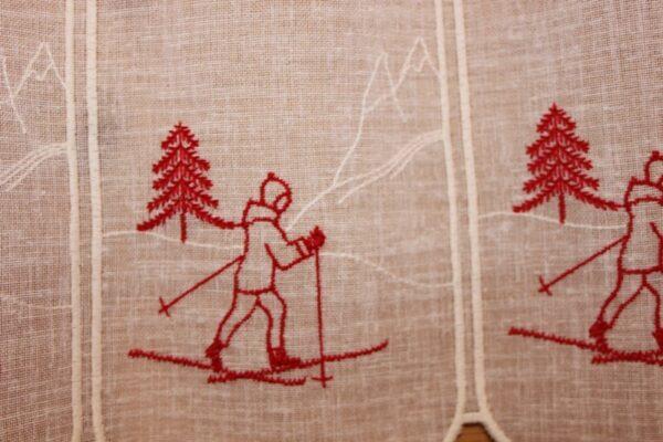 voilage skieur rouge